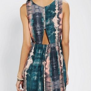 Ecote peek-a-boo babydoll dress 🔮